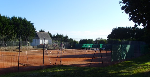 Tennis Club Beg-Meil - Pratique libre, Stage d initiation, Stage de