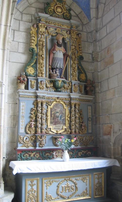 pont-croix-interieur-eglise.jpg