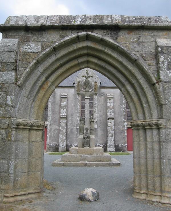 La chapelle remonte au temps de Saint Guénolé