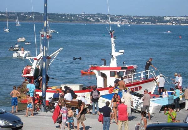 pêcheurs de la Cale de Beg Meil